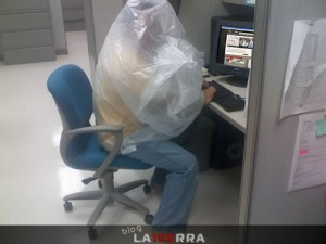 Exageraciones sobre la fiebre porcina. http://la100rra.com.mx/blog/archives/1010/exageraciones-por-la-influenza-porcina