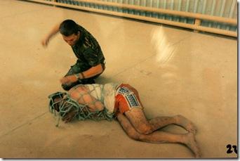 Torturas en Irak 8