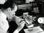 Laurens primero se hizo famoso por sus relojes eléctricos con motor sincrónico.