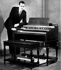 Laurens y su órgano.
