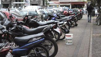 motos estacionadas